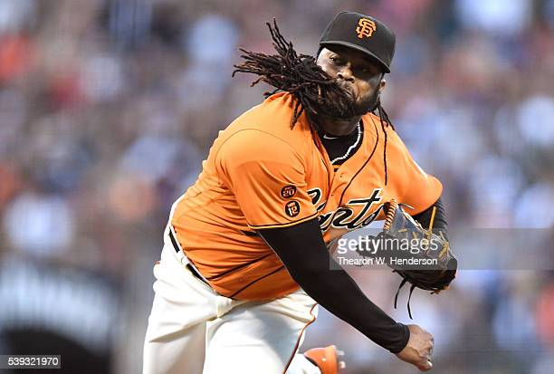Johnny Cueto of the San Francisco Giants pitches against the Los Angeles Dodgers in the top of the fifth inning at ATT Park on June 10 2016 in San...