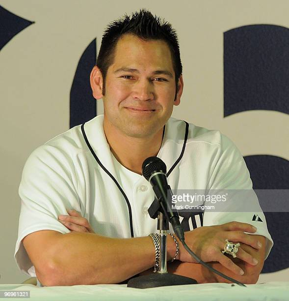 Johnny Damon of the Detroit Tigers speaks to the media during the press conference to announce his one year contract with the Tigers on February 22...