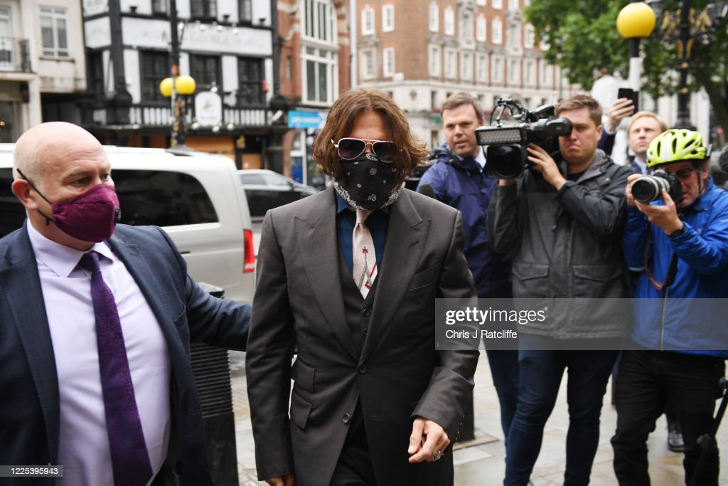 Johnny Depp In Libel Case Against The Sun Newspaper : ニュース写真