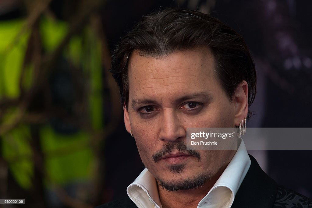 """""""Alice Through The Looking Glass"""" - European Premiere - Red Carpet Arrivals : News Photo"""