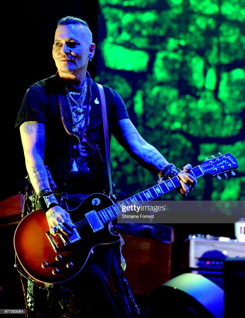 Hollywood Vampires Perform At The Manchester Arena