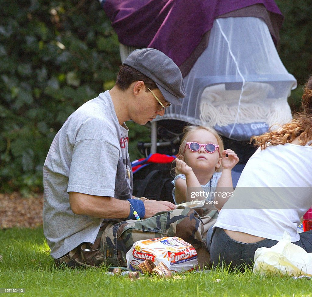 Johnny Depp & Wife Vanessa Paradis Take Their Two Children For A Picnic : News Photo