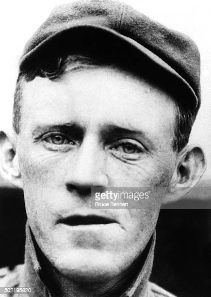 Johnny Evers of the Chicago Cubs poses for a portrait circa 1910 He was part of the double play combination of Tinkers to Evers to Chance Joe Tinker...
