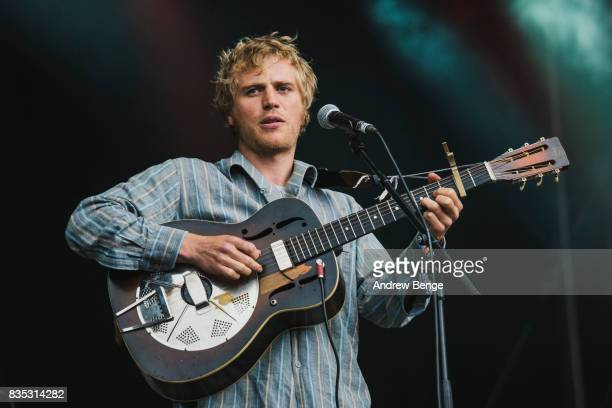 Johnny Flynn of Johnny Flynn the Sussex Wit perform on the Mountain stage during day 2 at Green Man Festival at Brecon Beacons on August 18 2017 in...