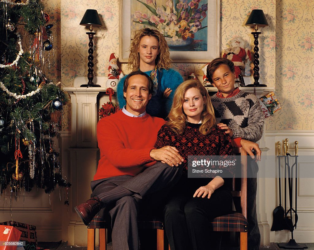 The Griswold Family Christmas Portrait : News Photo