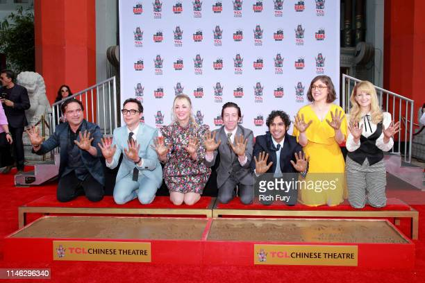 "Johnny Galecki, Jim Parsons, Kaley Cuoco, Simon Helberg, Kunal Nayyar, Mayim Bialik and Melissa Rauch from the cast of ""The Big Bang Theory"" attend..."
