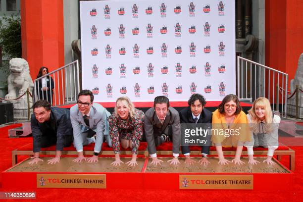Johnny Galecki Jim Parsons Kaley Cuoco Simon Helberg Kunal Nayyar Mayim Bialik and Melissa Rauch from the cast of The Big Bang Theory attend their...