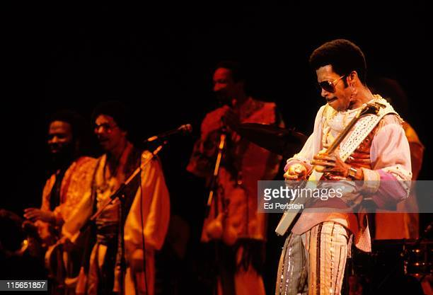 Johnny Graham performs with Earth Wind and Fire at the Oakland Coliseum in Oakland California December 1 1979