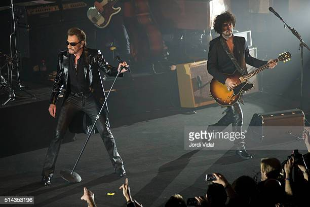 Johnny Hallyday performs on stage during Suite Festival at Gran Teatre del Liceu on March 8, 2016 in Barcelona, Spain.