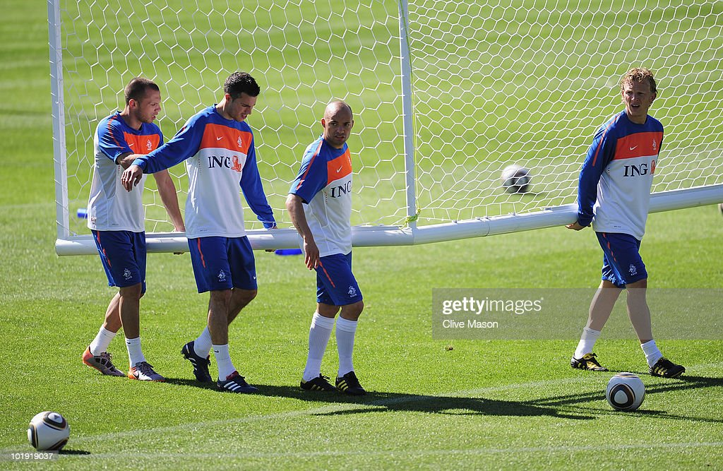 Netherlands Training Session-2010 FIFA World Cup : News Photo