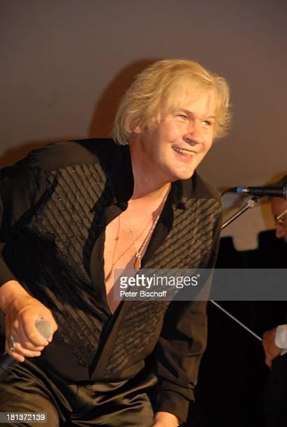 Johnny Logan, 2. Benefiz-Konzert zugunsten des parkinsonkranken Ex-Star-Tenor P E T E R HOFMANN, Naturbühne Luisenburg, Wunsiedel, Bayern,...