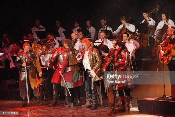 Johnny Logan als König Arthur Deutschlandpremiere Excalibur Die musikalische Auferstehung einer Legende von Alan Simon BremenArena Bremen Deutschland...