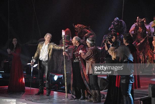 """Johnny Logan als """"König Arthur"""" , Michael Mendl , Alan Simon , Deutschlandpremiere """"Excalibur - Die musikalische Auferstehung einer Legende"""" von Alan..."""