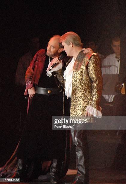 """Johnny Logan als """"König Arthur"""" , Michael Mendl , Deutschlandpremiere """"Excalibur - Die musikalische Auferstehung einer Legende"""" von Alan Simon,..."""