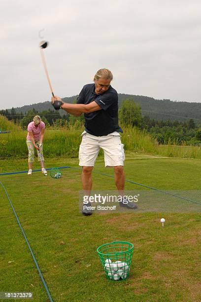 "Johnny Logan, Lebensgefährtin Tanja Surmann, Benefiz-Golf-Turnier des Promi-Charity-Golf-Clubs ""Eagles"" zugunsten des parkinsonkranken Ex-Star-Tenor..."