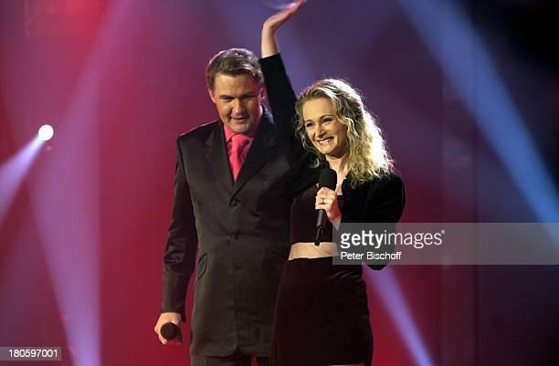 Johnny Logan Sängerin Nicole ZDFShow ByeBye deutsche Mark Estrel Convention Center Berlin Auftritt Bühne Singen