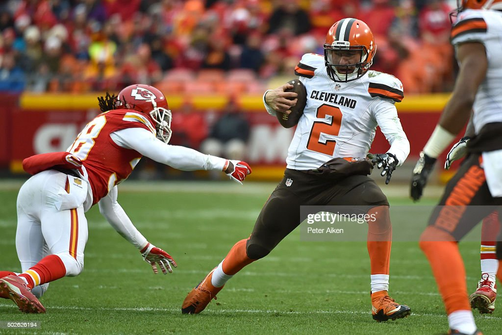 Johnny Manziel #2 of the Cleveland Browns avoids the tackle of Ron Parker #38 of the Kansas City Chiefs at Arrowhead Stadium during the fourth quarter of the game on December 27, 2015 in Kansas City, Missouri.
