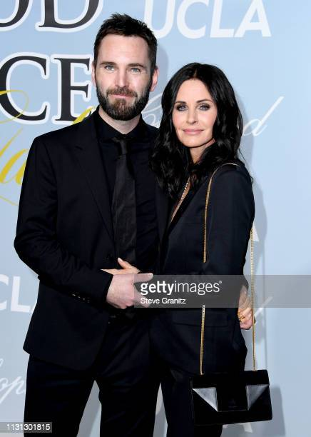 Johnny McDaid and Courteney Cox attend the 2019 Hollywood For Science Gala at Private Residence on February 21, 2019 in Los Angeles, California.