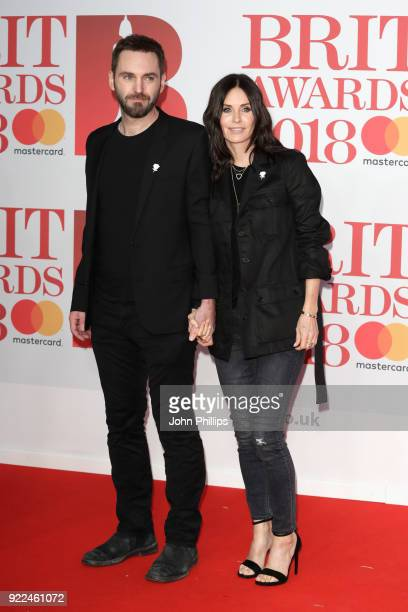 AWARDS 2018*** Johnny McDaid and Courteney Cox attend The BRIT Awards 2018 held at The O2 Arena on February 21 2018 in London England