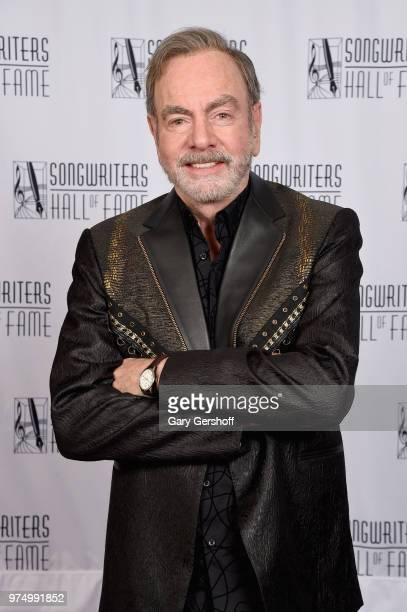 Johnny Mercer Award Honoree Neil Diamond poses backstage during the Songwriters Hall of Fame 49th Annual Induction and Awards Dinner at New York...