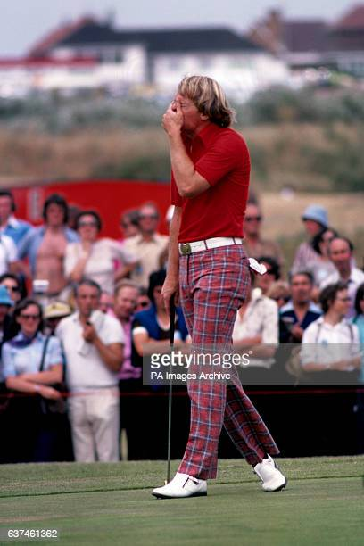 Johnny Miller reacts with disappointment after missing a putt