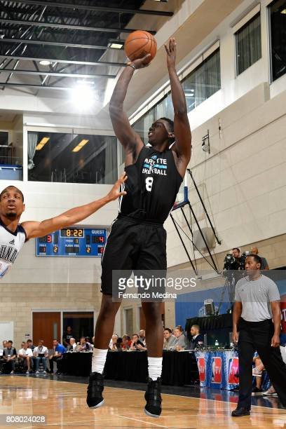 Johnny OBryant of the Charlotte Hornets shoots the ball during the game against the Oklahoma City Thunder during the 2017 Orlando Summer League on...