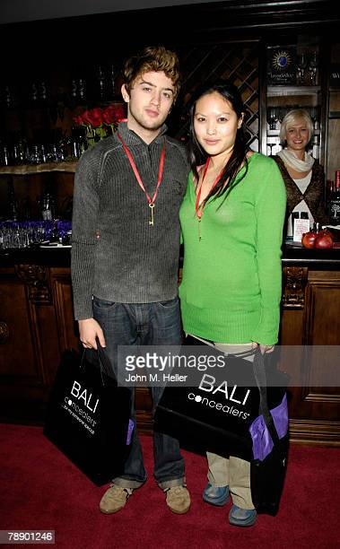 Are johnny pacar and kristy wu still dating after a year. how to increase meeting wommen on online dating eites.