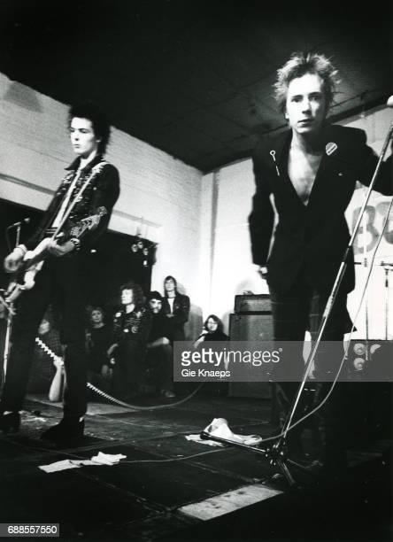Johnny Rotten Sid Vicious The Sex Pistols De Effenaar Eindhoven Holland December 1977