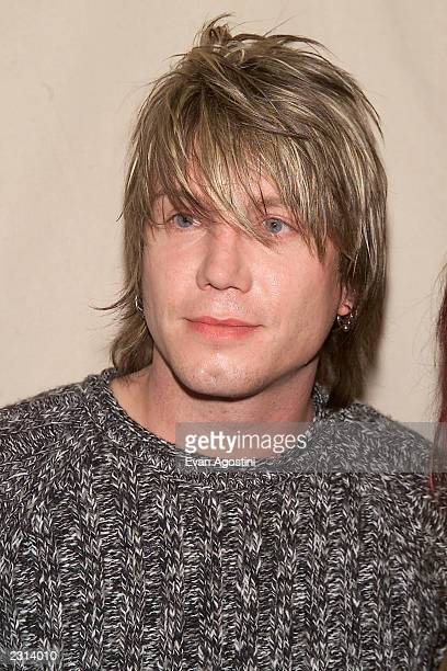 Johnny Rzeznik arriving at the 2001 VH1 Vogue Fashion Awards at Hammerstein Ballroom in New York City 10/19/01 Photo by Evan Agostini/ImageDirect
