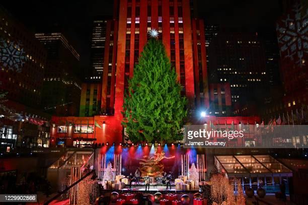 Johnny Rzeznik of the Goo Goo Dolls performs at the 88th Annual Rockefeller Center Christmas Tree Lighting Pre-Tape at Rockefeller Center on December...