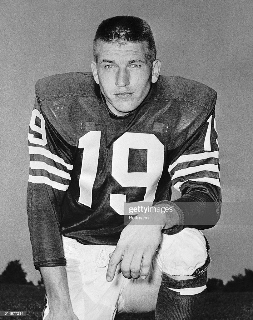 Johnny Unitas of the Baltimore Colts : News Photo