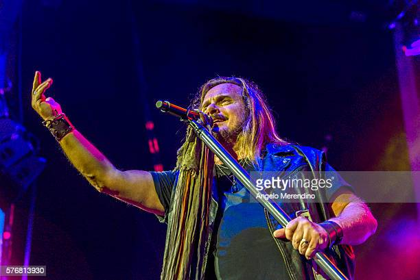 Johnny Van Zant of Lynyrd Skynyrd performs at Jacobs Pavilion in Cleveland Ohio