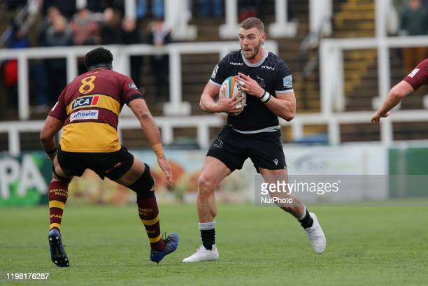 Johnny Williams of Newcastle Falcons on the charge during the Greene King IPA Championship match between Newcastle Falcons and Ampthill amp District...