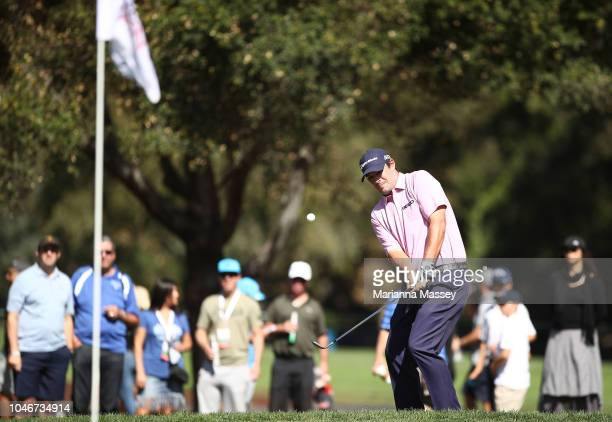 Johnson Wagner chips onto the seventh green during the third round of the Safeway Open at the North Course of the Silverado Resort and Spaon October...