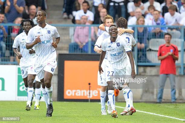 Joie Alain TRAORE Auxerre / Lyon 35e journee Ligue 1
