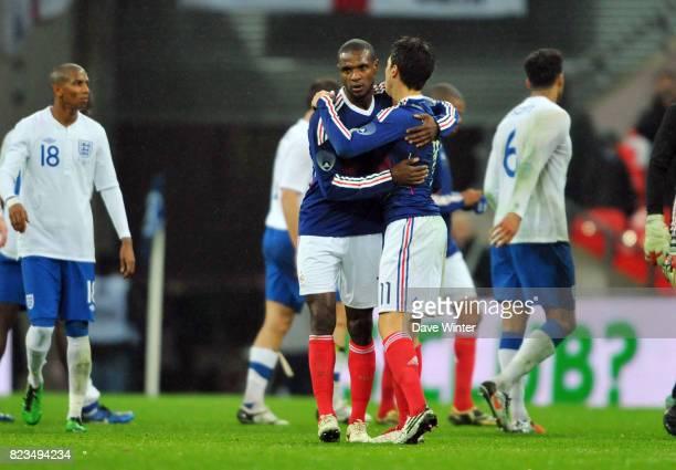 Joie de France Eric ABIDAL / Samir NASRI France / Angleterre Match amical Londres