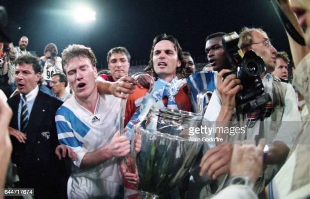 Joie Didier DESCHAMPS / Eric DI MECO Milan AC / Marseille Finale de la Ligue des Champions 1993 Photo Alain Gadoffre / Icon Sport