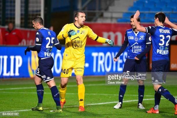 Joie Paul BERNARDONI Troyes / Lille 14eme journee de Ligue 1 Photo Dave Winter / Icon Sport