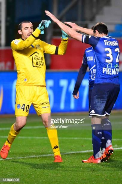 Joie Paul BERNARDONI / Dusan VESKOVAC Troyes / Lille 14eme journee de Ligue 1 Photo Dave Winter / Icon Sport