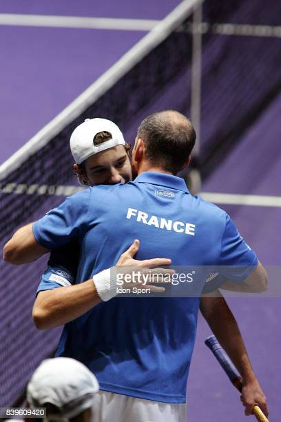 Joie Richard GASQUET / Guy FORGET France / Roumanie 1er tour Coupe Davis Clermont Ferrand