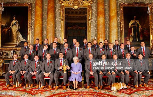 Joined By One Of Her Pet Dorgis The Queen Poses With The England Rugby Squad At Buckingham Palace To Celebrate The Rugby World Cup Win Front Row Matt...