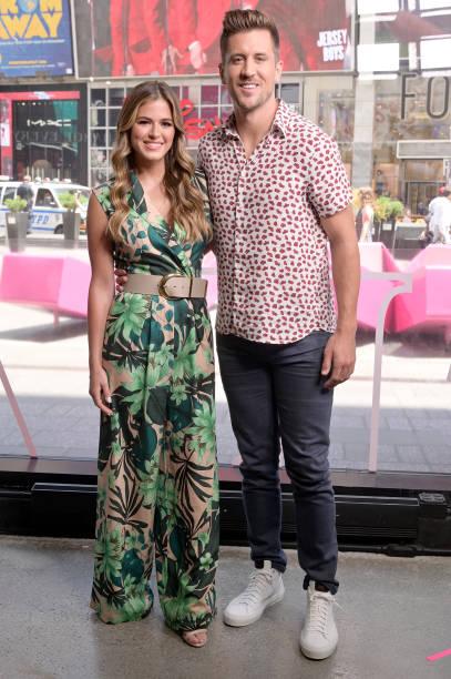 "NY: Jojo Fletcher, Jordan Rodgers And Dorinda Medley Visit ""Extra"""