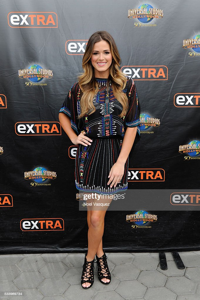 "Cash Warren Fathers Day Guide And JoJo Fletcher On ""Extra"" : News Photo"