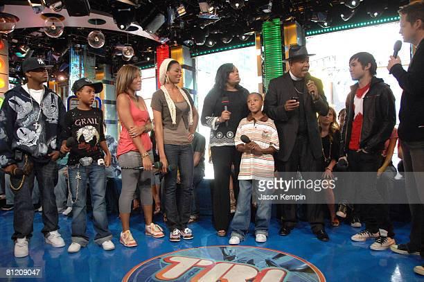JoJo Simmons Diggy Simmons Angela Simmons Vanessa Simmons Justine Simmons Russy Simmons Reverend Run Pete Wentz and MTV VJ Damien Fahey