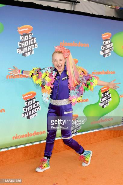 JoJo Siwa attends Nickelodeon's 2019 Kids' Choice Awards at Galen Center on March 23 2019 in Los Angeles California