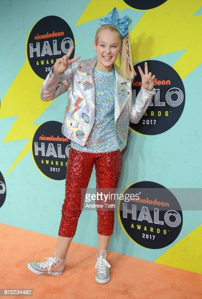 Jojo Siwa attends the 2017 Nickelodeon Halo Awards at Pier 36 on November 4 2017 in New York City
