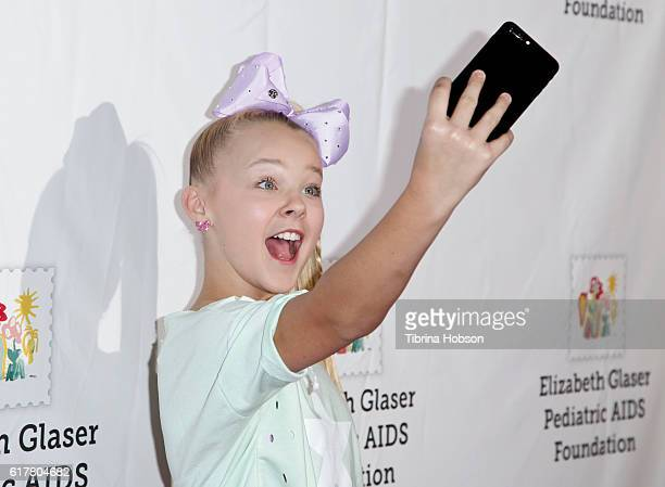 JoJo Siwa attends the Elizabeth Glaser Pediatric AIDS Foundation's 27th annual 'A Time For Heroes' at Smashbox Studios on October 23 2016 in Culver...
