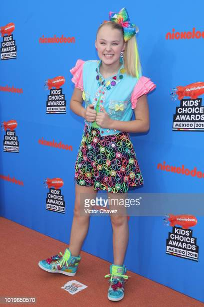 Jojo Siwa attends the Nickelodeon Kids' Choice Awards Mexico 2018 at Auditorio Nacional on August 19 2018 in Mexico City Mexico