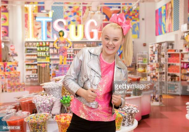 JoJo Siwa films a TV special with Music Choice at IT'SUGAR on April 9 2018 in New York City