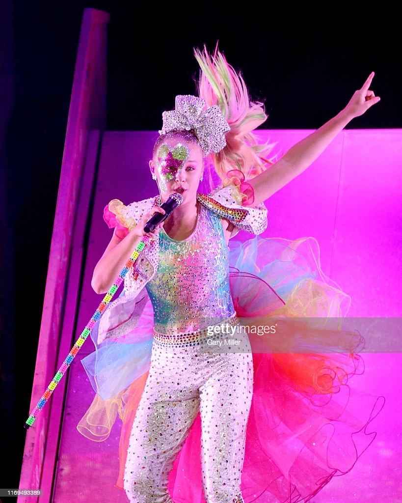 JoJo Siwa In Concert - Cedar Park, TX : News Photo
